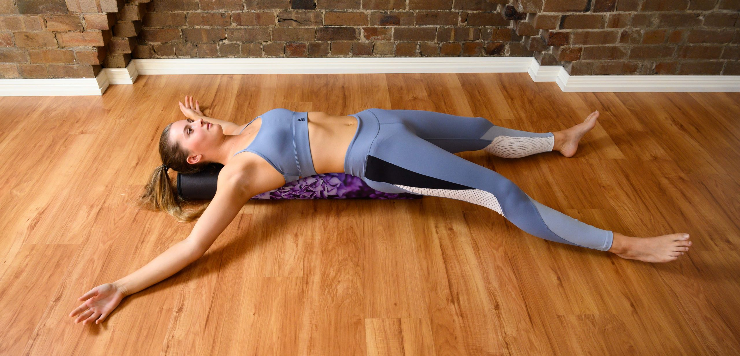 starfish stretch- a feel good foam roller exercise