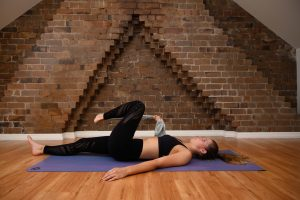 buttock stretch with a band